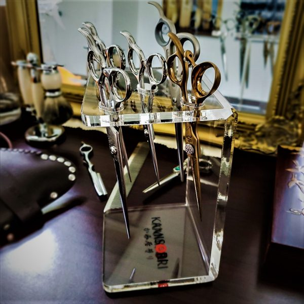 Picture of acrylic shear stand with shears